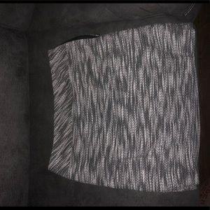 LOFT size 10 gray midi skirt